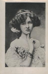 Gabrielle Ray (Enamelette A 69) 1905