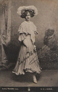 "Gabrielle Ray as ""Thisbe"" in ""The Orchid"" 1903 (The Milton 26b)"