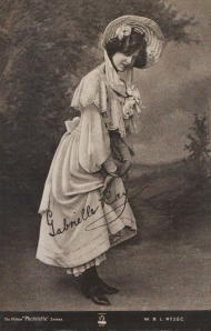"Gabrielle Ray as ""Thisbe"" in ""The Orchid"" 1903 (The Milton 26c)"
