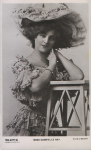 """Gabrielle Ray as """"Thisbe"""" in """"The Orchid"""" 1903 (J. Beagles G 77 W)"""