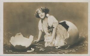 Gabrielle Ray (Ralph Dunn  A 598)
