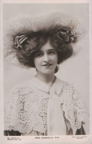 "Gabrielle Ray as ""Thisbe"" in ""The Orchid"" 1903  (Misch & Co 4022-2)"