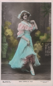 "Gabrielle Ray as ""Thisbe"" in ""The Orchid"" 1903  (Misch & Co 4017-4)"
