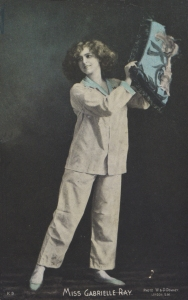 "Gabrielle Ray as ""Thisbe"" in ""The Orchid"" 1903(Giesen Bros. & Co K9)"