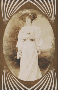 Gabrielle Ray (Aristophot E.1094-3)  1911